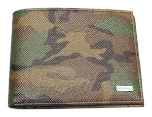 Dolce&Gabbana New European Camouflage Green Print Wallet for Men.