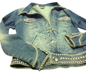 Vintage Rebel Rare Find Brand Is Reduced Over 65% A True One Of A Kind Medium rinse Womens Jean Jacket