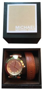 Michael Kors Double-wrap leather band watch