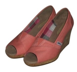 TOMS Coral Wedges