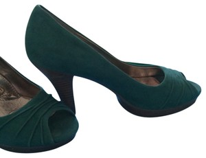 Erosoft by Sfft Teal Pumps