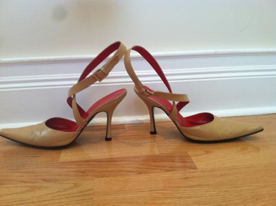 Guess Leather Ankle Strap Sexy Tan Beige Spring Summer TAUPE Pumps