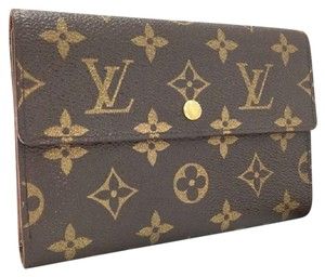 Louis Vuitton International Monogram Tanon Porte Tresor Etui Papiers Luxury Trifold