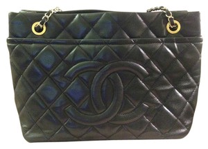 Chanel Caviar Leather Tote in Black