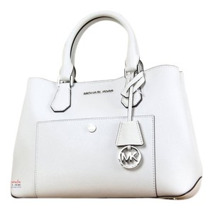 Michael Kors Greenwich Tote in white
