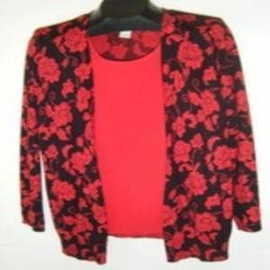 c d daniels Jr Xl Lace Yoke In Lace Hem Longer In Top red and black