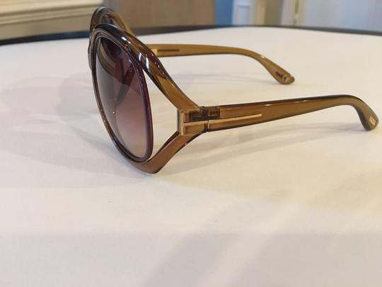 Tom Ford Tom Ford Classic Jaquelin Sunglasses. Image 2
