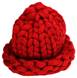 HELSINKI Finland Style Warm Chunky Big Yarn Knitted Burgundy Beanie Winter Hat