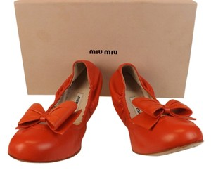 9e9acdddbd5f Miu Miu Red Flame Leather Bow Ballerina Flats Size EU 40 (Approx. US ...