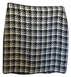 White House | Black Market Skirt