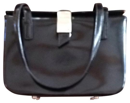 Preload https://item5.tradesy.com/images/barbara-milano-unknown-black-patent-leather-shoulder-bag-731759-0-0.jpg?width=440&height=440
