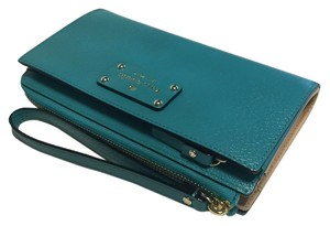 Kate Spade Wellesley Wristlet in Turquoise