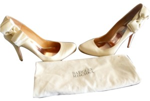 Badgley Mischka Beige Formal