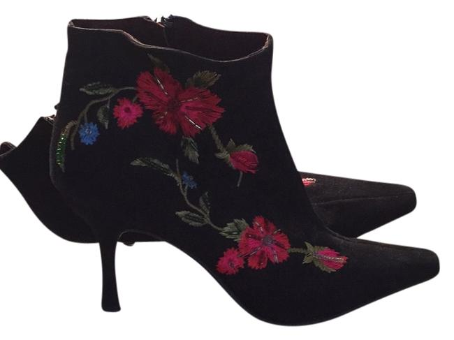 Item - Black with Flowers Boots/Booties Size US 8.5 Regular (M, B)