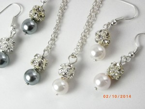 Grey Pink White Set Of 6 Necklaces and Earrings Bridesmaid Bridesmaid Gifts