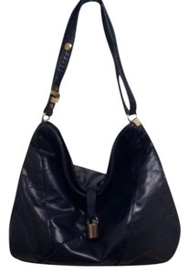 Letisse Shoulder Bag