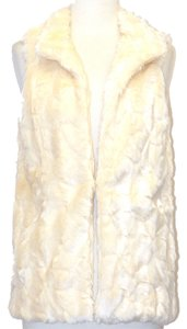 Love Tree Boutique Faux Fur Fur Winter Warm Vest
