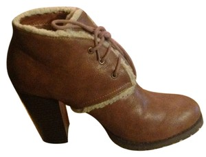 Coconut Brown Boots