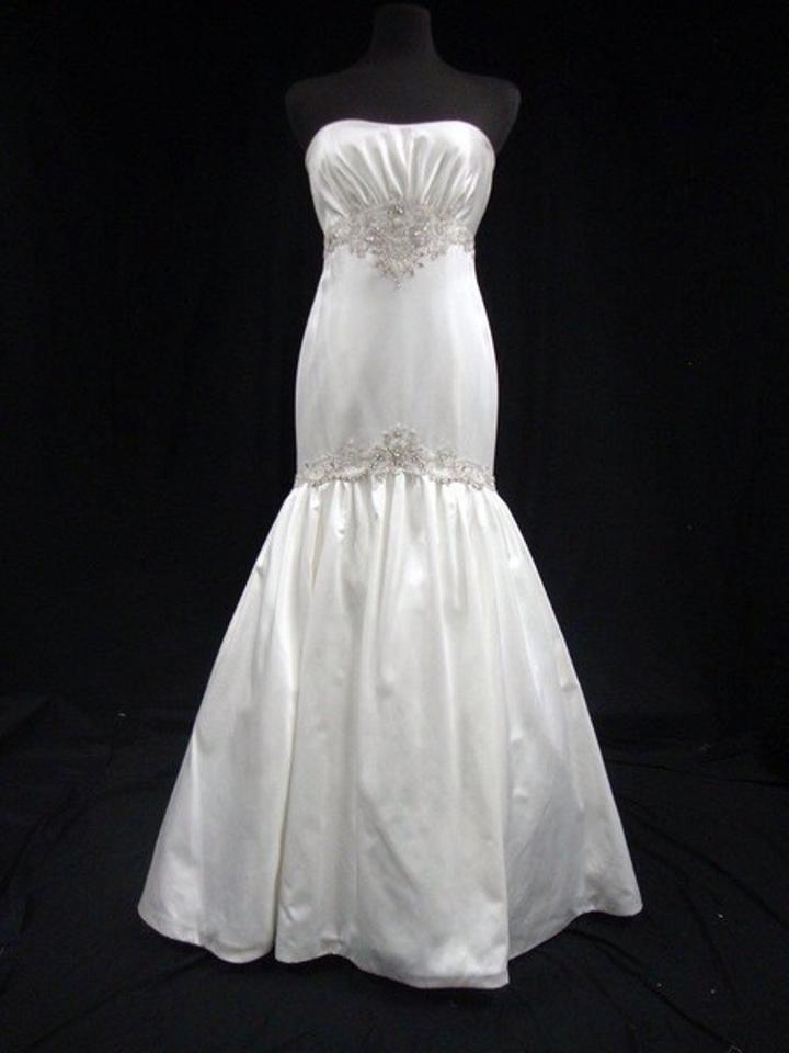 KENNETH POOL Diamond White Silk Satin Fit To Flare Gown with Silver ...