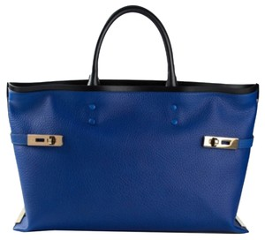 Chloé Tote in charlotte ELECTRIC BLUE