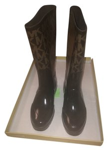 Michael Kors Prada Burberry Brown Boots