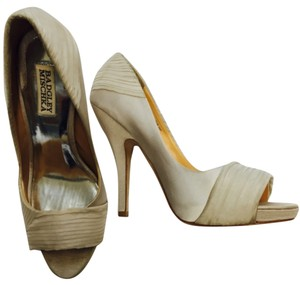 Badgley Mischka Taupe Platforms