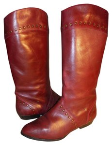 Etienne Aigner Vintage Leather Studded burgundy Boots
