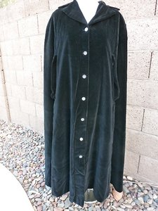 Rare Vintage Fleece And Satin Lined Black Velvet Full Length Cape- Ivory Satin Lining Backed With Fleece Gorgeous! Size