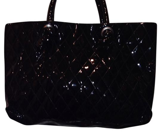 Preload https://item1.tradesy.com/images/shoulder-purse-purse-black-tote-735190-0-0.jpg?width=440&height=440