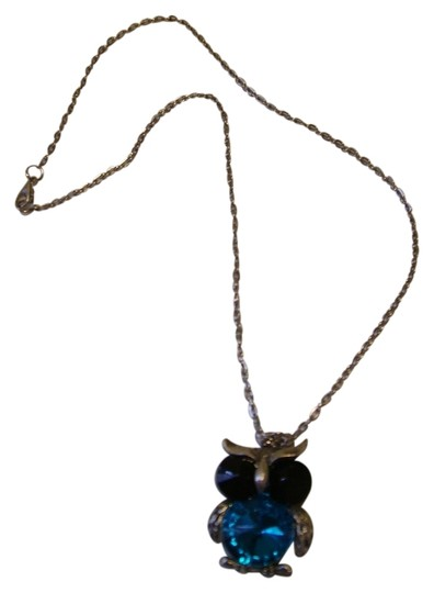 Preload https://item3.tradesy.com/images/silverturquoise-owl-necklace-735782-0-0.jpg?width=440&height=440