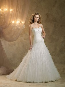 Kathy Ireland Ki1300 Wedding Dress