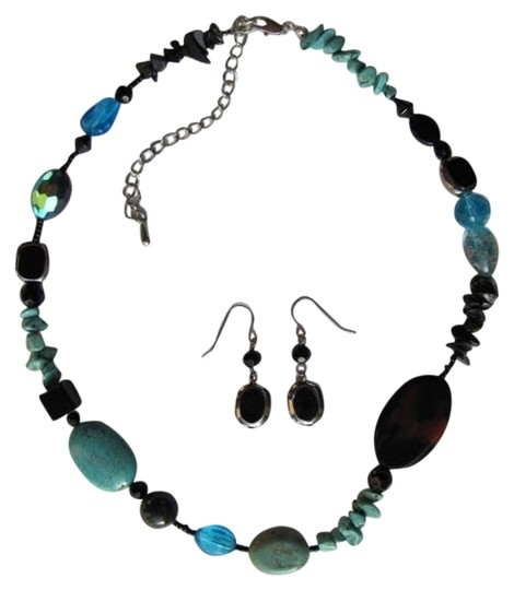 Preload https://item3.tradesy.com/images/black-turquoise-silver-stones-beads-set-necklace-736587-0-0.jpg?width=440&height=440