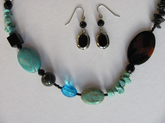 Other STONES /BEADS SET