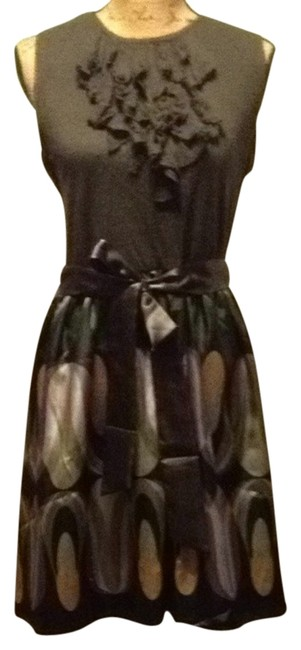 Item - Gray Hues Of Color Full-on Flattering Short Casual Dress Size 8 (M)