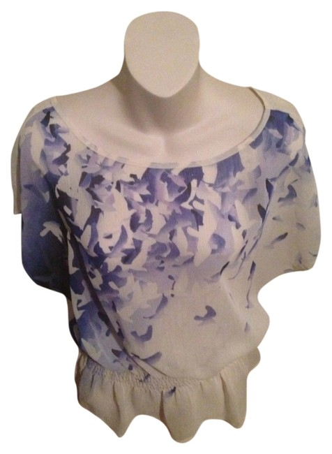 Candie's Top Cream With Blue Floral