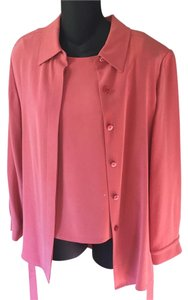 Lord & Taylor 100% Silk Hidden Buttons Color: Peachy/pink Top Apricot/peachy pink