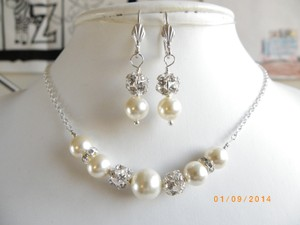 Cream White Sale Pearl Necklace and Earrings Swarovski Pearl Rhinestone Ball Beads Necklace Jewelry Set