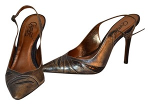 Carlos by Carlos Santana bLUE METALLIC Pumps