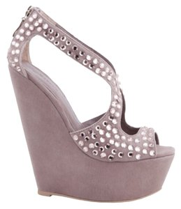 ZIGI NEW YORK Plum Wedges