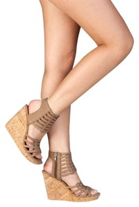DV by Dolce Vita Honey Brown Wedges