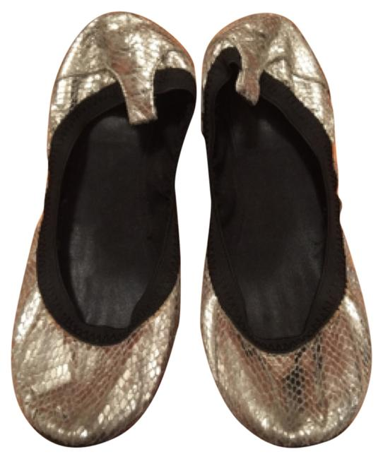 Item - Silver Flats Size US 7 Regular (M, B)