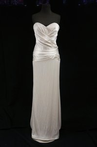 Nicole Miller Ivory Silk Satin Fitted Sheath Gown Wedding Dress Size 6 (S)