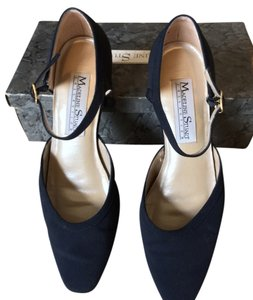 Madeline Stuart Navy Pumps