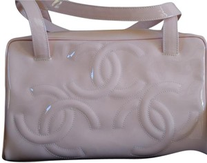 Chanel Patent Cc Tote in Pink