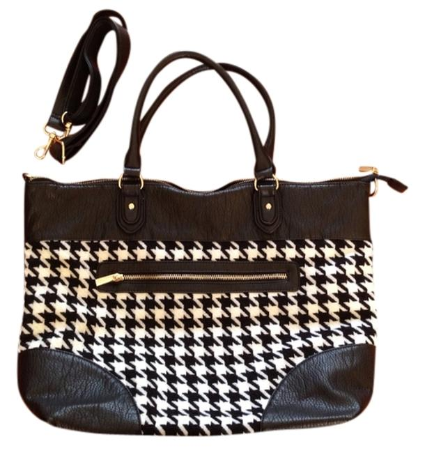 Item - Black and White Tote