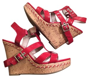 BCBGeneration Ruby Wedges