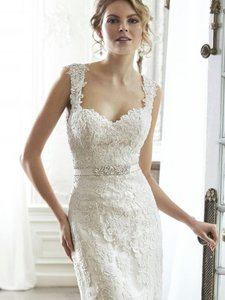 Maggie Sottero Pia Wedding Dress