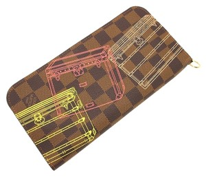 Louis Vuitton Authentic Limited Edition Louis Vuitton Damier Trunks Illustre Insolite Wallet