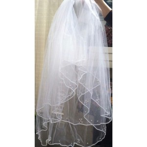 David's Bridal White Medium Bridal Veil