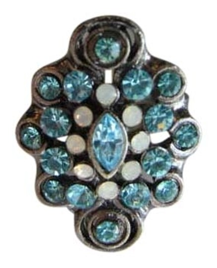 Mandee EMBELISHED BLUE AND WHITE STONES RING